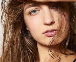 アレクサンドラ モデル